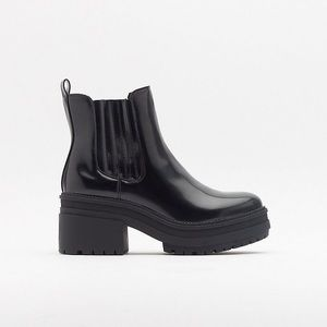 Brand New Nasty Gal Chunky Cleated Chelsea Boots